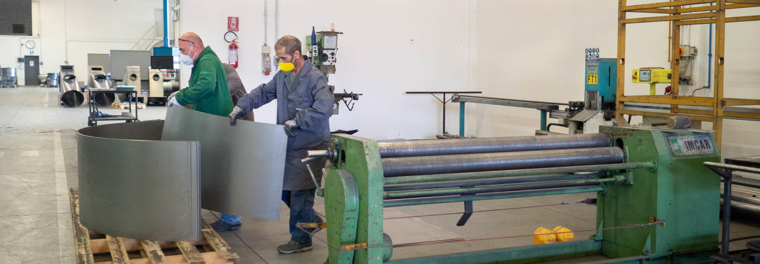 operai-lavoro-metallo-ferro